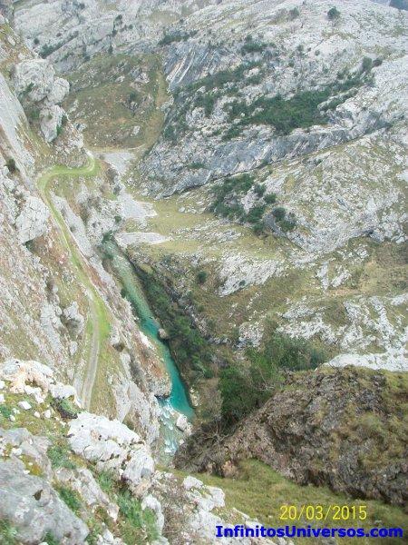 Ruta del Cares Bulnes Bulnes funicular Bulnes tiempo Bulnes Asturias Bulnes ruta