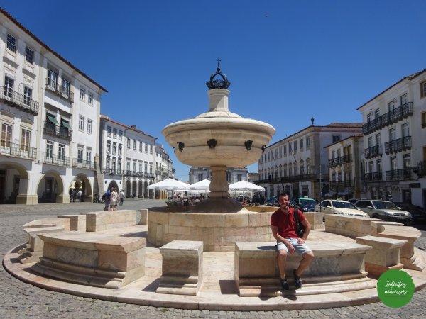 Praça do Giraldo Évora