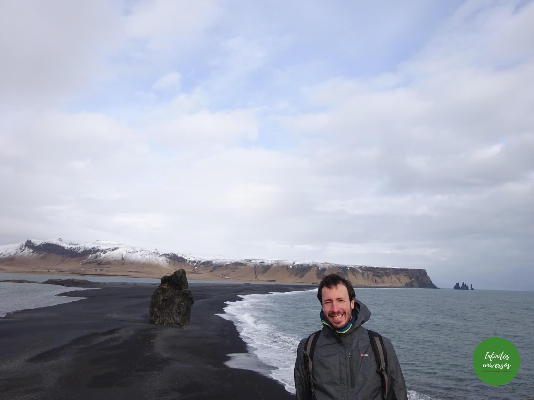 Qué ver en Vik: acantilado Dyrhólaey y la playa de arena negra Reynisfjara dyrhólaey