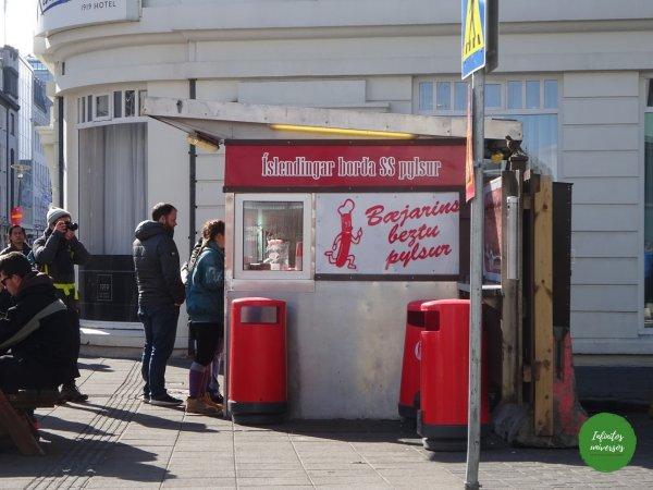 Bejarins beztu pylsur - Qué ver en Reikiavik en un día