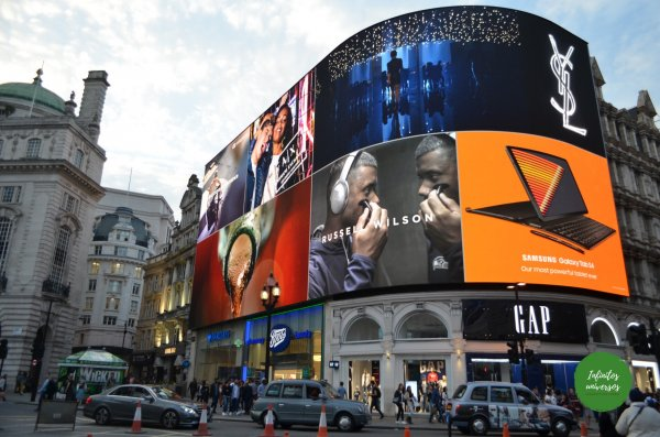 Piccadilly Circus londres - Que ver en Londres
