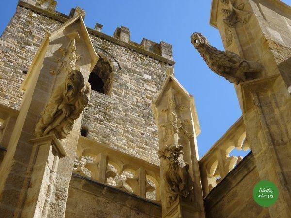 Catedral de que ver en Narbona vuelos imprescindibles en Narbona
