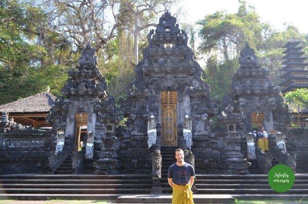 Pura Goa Lawah costa este de bali - Qué ver en Bali en una semana