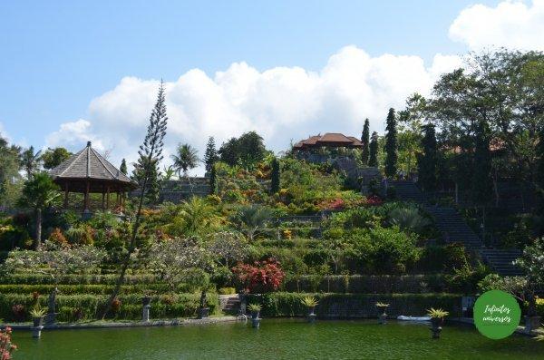 Palacio de agua de Ujung costa este de bali