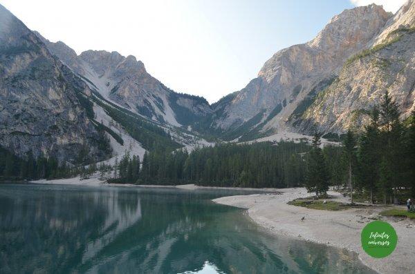 Lago Dolomitas Italia